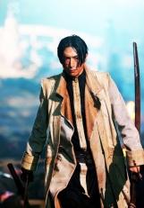 Aoshi Shinomori interpretado por Yusuke Iseya